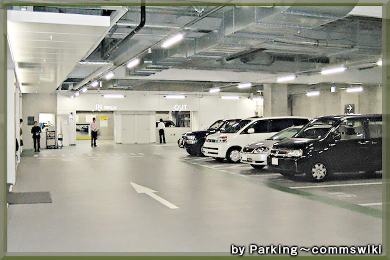 秋葉原スーパービル 駐車場